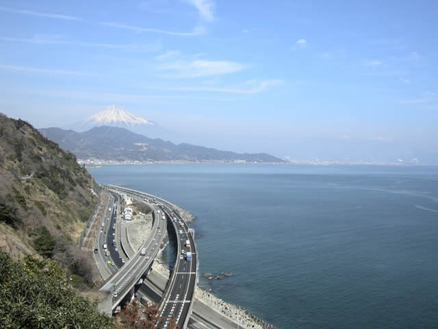 薩た峠より富士山、駿河湾を望む